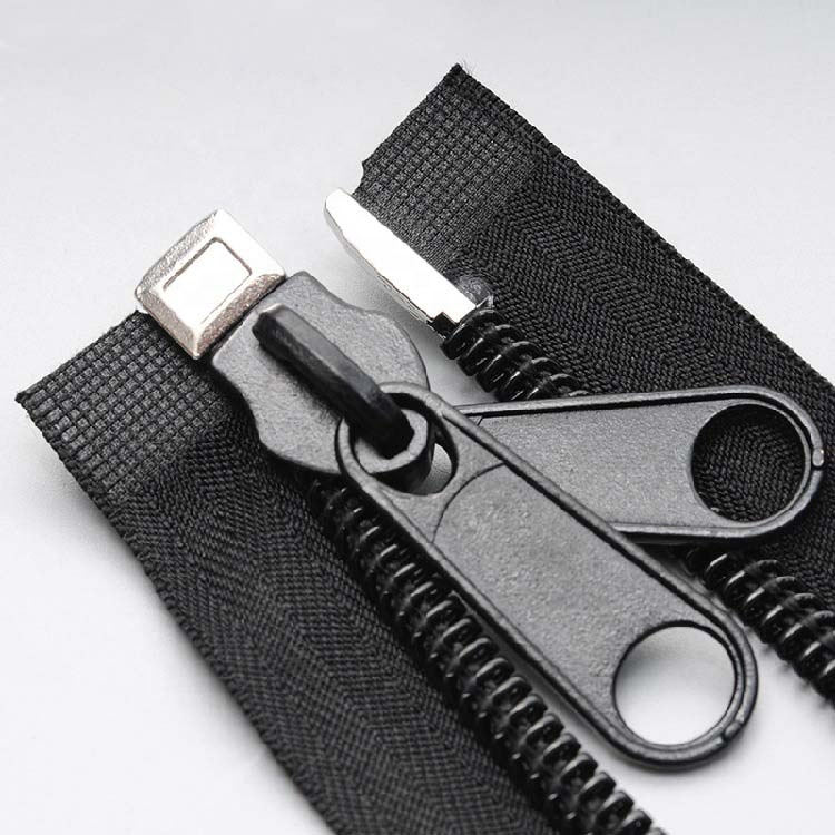 Plastic Black Open End Zippers